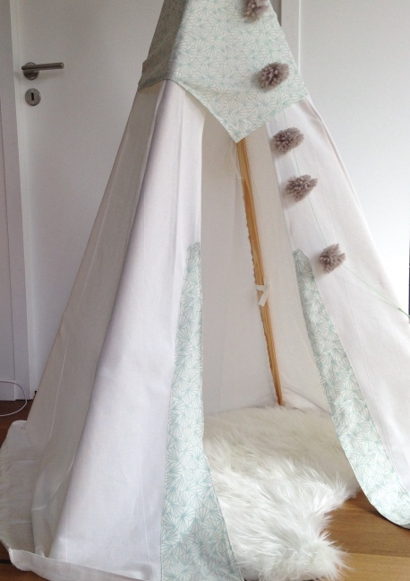 Tipi, tepee, teepee, DIY / Tuto Tipi / Blog 9 MOI(S) d'envies à nantes, mode grossesse, mode femme, décoration, enfant, diy, couture, lifestyle, journal d'une femme